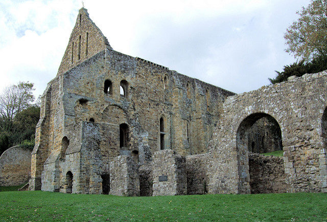 Like many other monasteries, the abbey was also deserted in the time of the Dissolution of the Monasteries. Author: Jim Linwood. CC BY 2.0