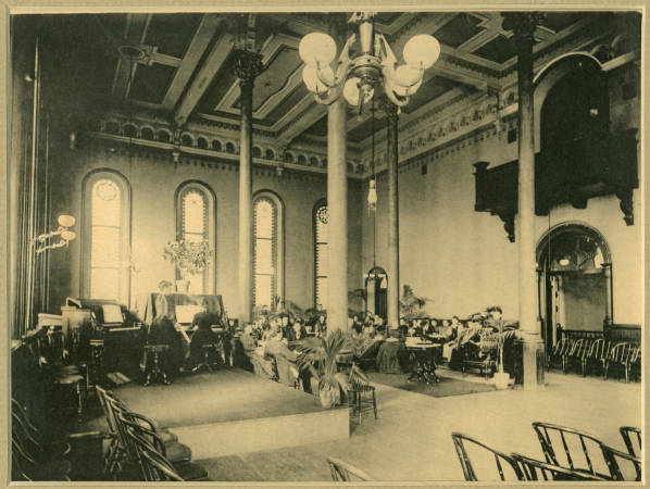 Old photo of the ballroom. Author: Unknown PD-US