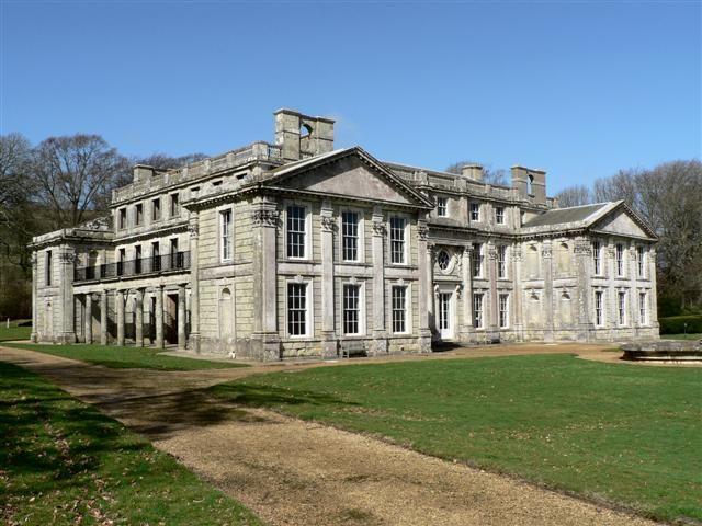 The Appuldurcome House built by Sir Robert Worsley. Author: Chris Cole. CC BY-SA 2.0