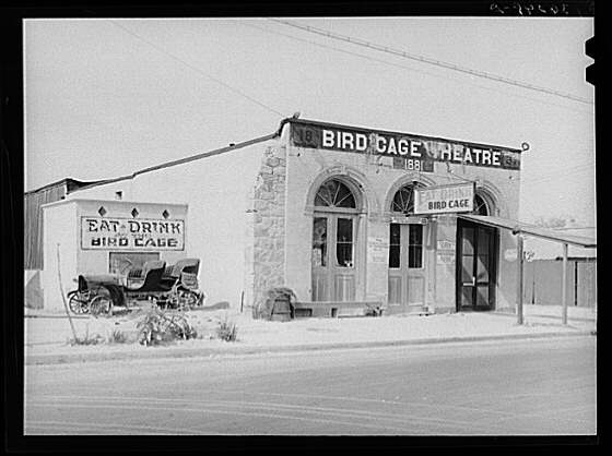 The Bird Cage in 1940. Author:Russell LeePublic Domain