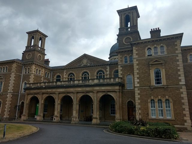 The Friern Hospital in bad weather. Author:PhilafrenzyCC BY-SA 4.0
