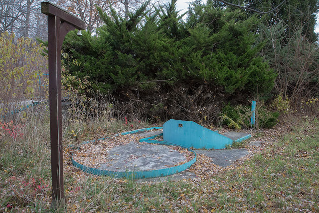 Remains of the mini golf course. Author: Michael R Stoller Jr CC BY-ND 2.0