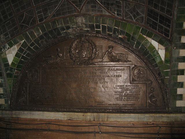 City Hall Subway Station plaque – Author: Salim Virji – CC BY 2.0