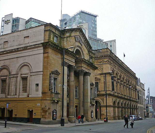 (Former) Theatre Royal and (Former) Free Trade Hall, Manchester. Author: Tim Green. CC BY 2.0