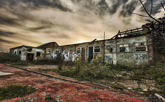 A set of abandoned buildings. Author:Andrew WalchCC BY-ND 2.0