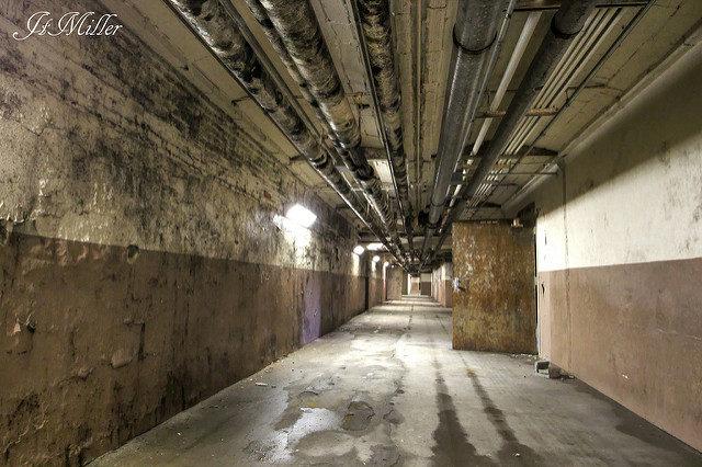 Alternative underground tunnel. Author:Mr MomentCC BY 2.0