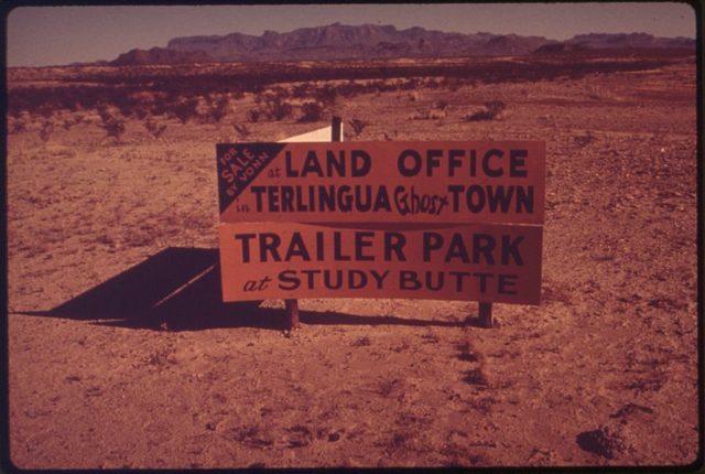 For sale sign. Author: Blair Pittman, 1937- PhotographerPublic Domain