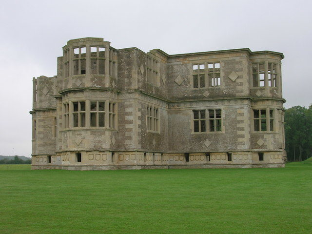 Lyveden New Bield. Author:JThomasCC BY-SA 2.0