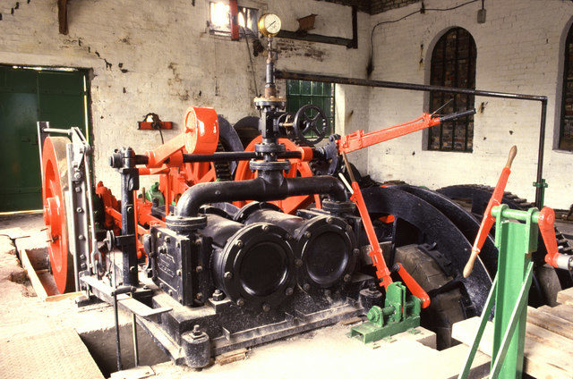 One of the steam engines. Author:Chris AllenCC BY-SA 2.0