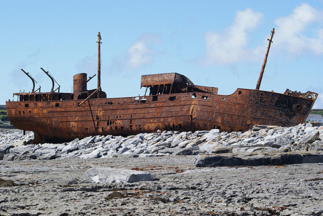 Rusting in peace. Author:Sacha JacksonCC BY-SA 3.0
