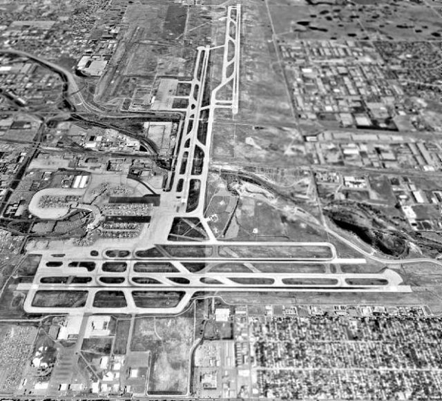 The airport in 1993. Author: US Geological Survey Public Domain