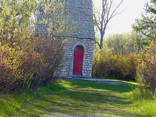 The entrance to the lighthouse. Author:helenmoverlandCC BY-ND 2.0
