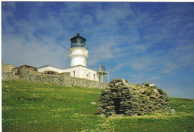 The Flannan Isles Lighthouse. Author: CartoonPeril2011CC BY-SA 2.0