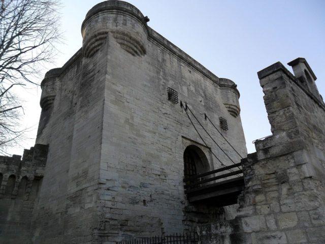 The gatehouse. Author: Vinko Rajic. CC BY 3.0