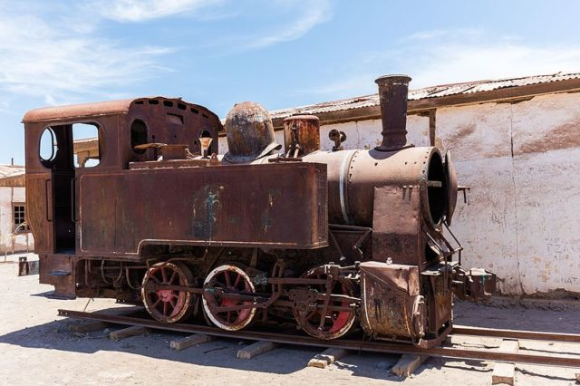 The locomotive used by the saltpeter works. Author:Diego DelsoCC BY-SA 4.0