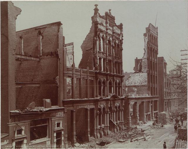 Toronto Fire 1904. Author:Galbraith Photograph CompanyPublic Domain