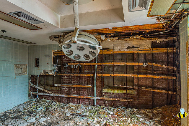 What is left of the operating room. Author: Amanda CC BY-ND 2.0