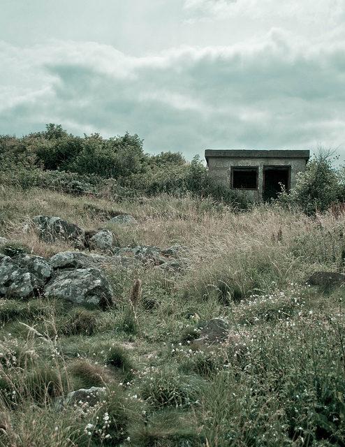 WWII-era fortification on Cramond Island – Author: David.Futcher – CC BY 2.0