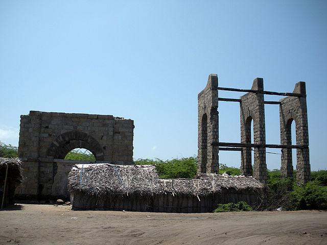 Remains of Dhanushkodi railway station/ Author: Nsmohan – CC BY-SA 3.0