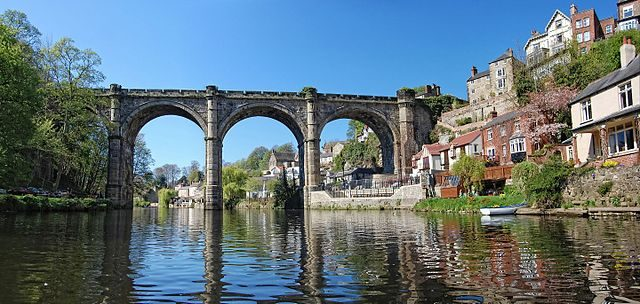 The town of Knaresborough / Author: TJBlackwell – CC BY-SA 3.0