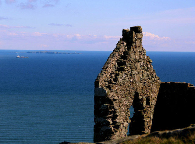An abandoned structure found on the isle. Author:Allister CombeCC BY-SA 2.0
