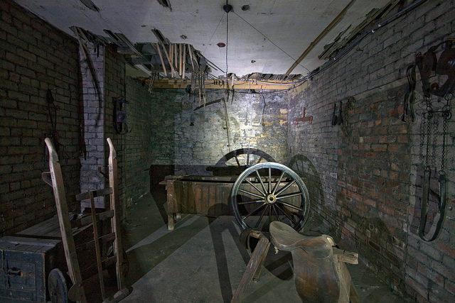 Abandoned repair shop different angle. Author:simon sugdenCC BY 2.0