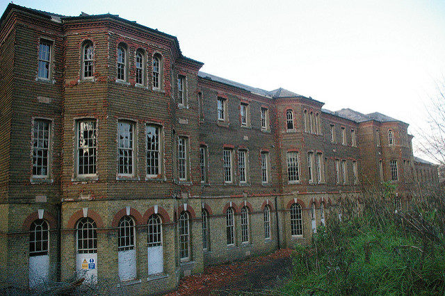 Cane Hill Asylum. Author: http://underclassrising.net/. CC BY-SA 2.0