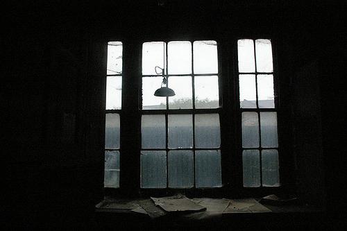 Dusty windows. Author:http://underclassrising.net/CC BY-SA 2.0