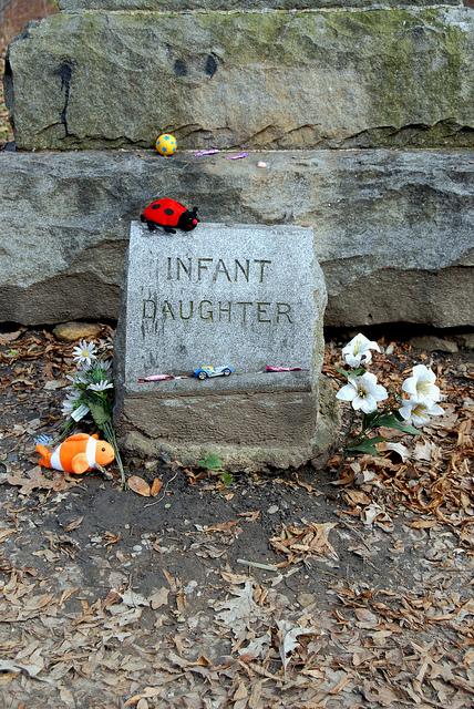 Infant daughter. Author:Antonio BovinoCC BY 2.0