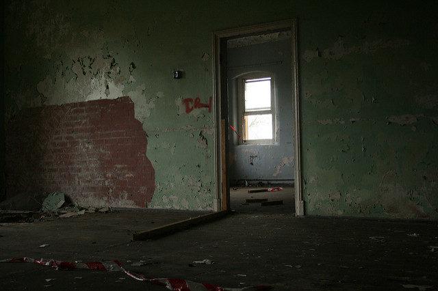 One of the abandoned rooms. Author:Olga PavlovskyCC BY 2.0