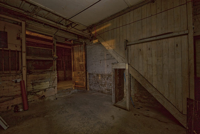One of the abandoned underground stores. Author:simon sugdenCC BY 2.0
