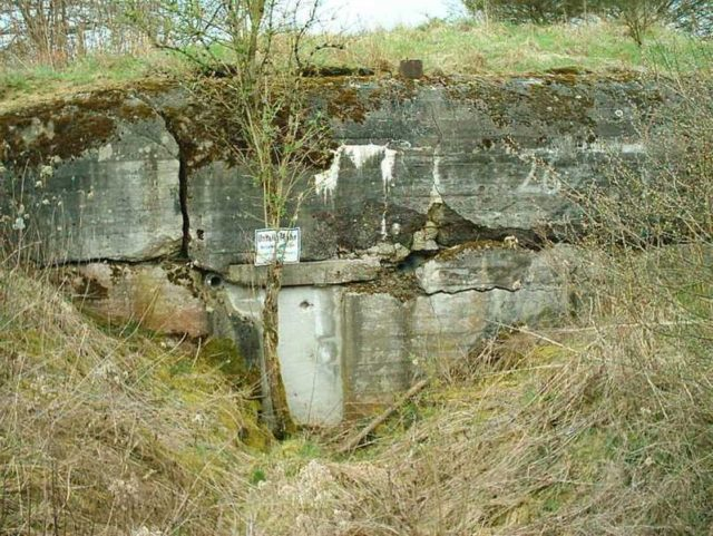 One of the bunkers on the Siegfried line. Author:SaperaudCC BY-SA 3.0