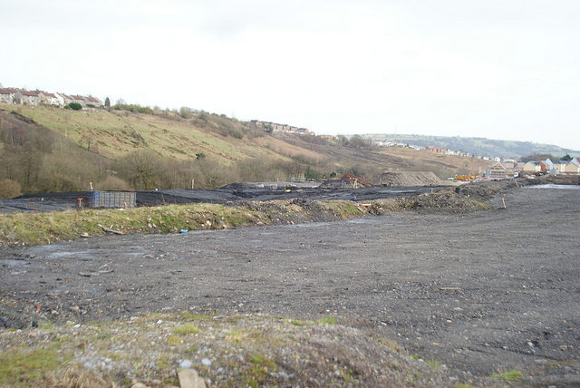 Part of the mine grounds. Author:Chris SampsonCC BY 2.0