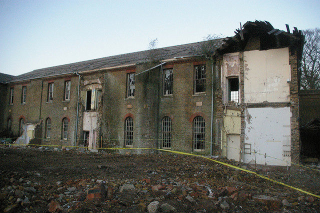 The asylum in the process of demolition. Author: http://underclassrising.net/. CC BY-SA 2.0