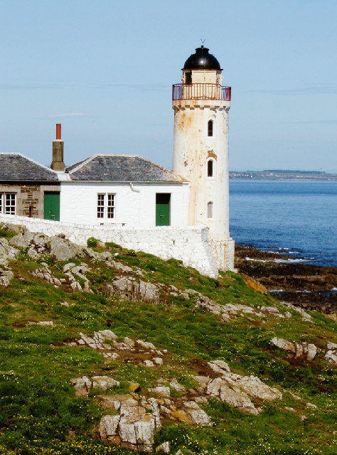 The disused Low Light lighthouse. Author:Alison StampCC BY-SA 2.0