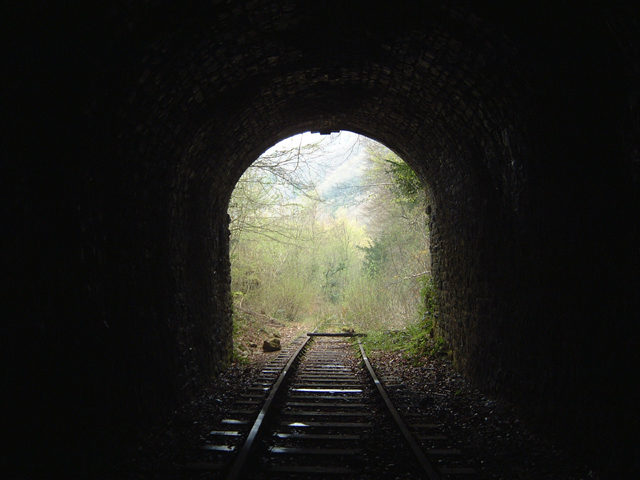 The disused railway tunnel. Author:Roy ParkhouseCC BY-SA 2.0