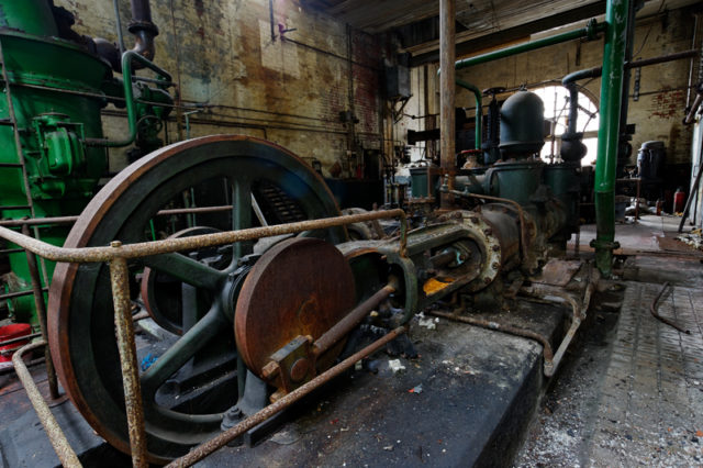 The fire pump power by steam. Author:Noel JenkinsCC BY-SA 2.0