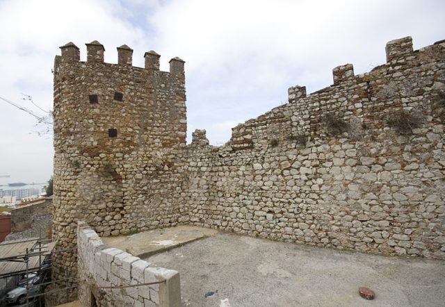 The Moorish city wall. Author:PriorymanCC BY-SA 3.0