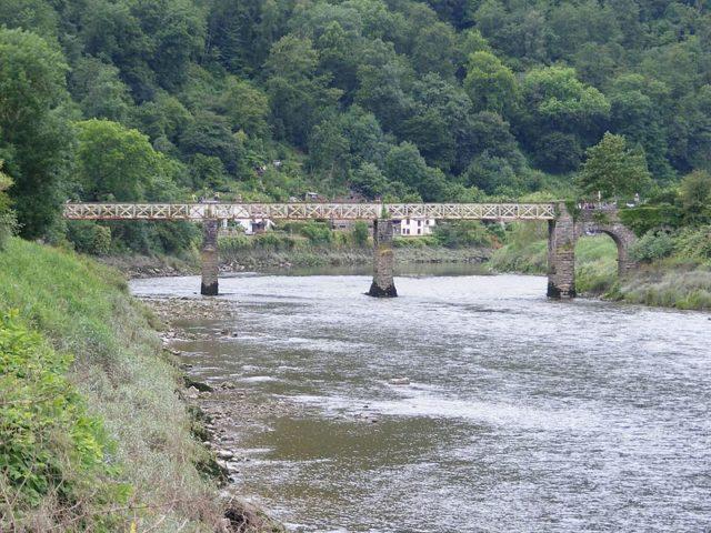The river bridge. Author:KevinPCC BY 3.0