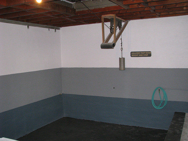 Under the gallows, where prisoners were hanged. Author:ChristopherCC BY-SA 2.0