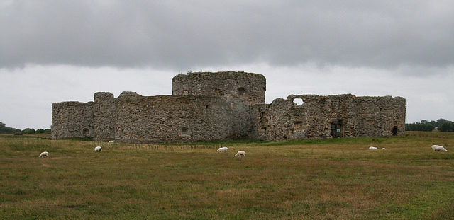 Camber Castle, East Sussex, Southeast England – Author: giborn_134 – CC BY 2.0