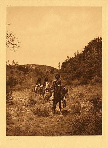 White Mountain Apache in 1903