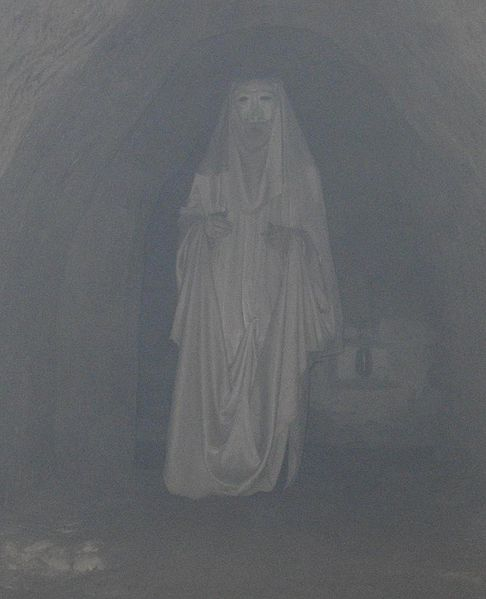 A scary underground ghost statue. Author:Szater