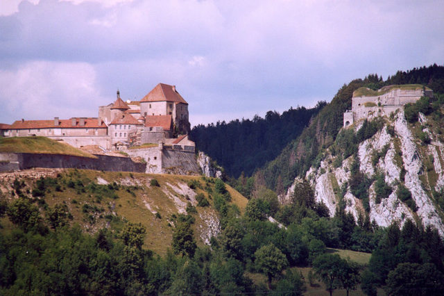 Château de Joux different angle. Author:CalipsCC BY-SA 1.0