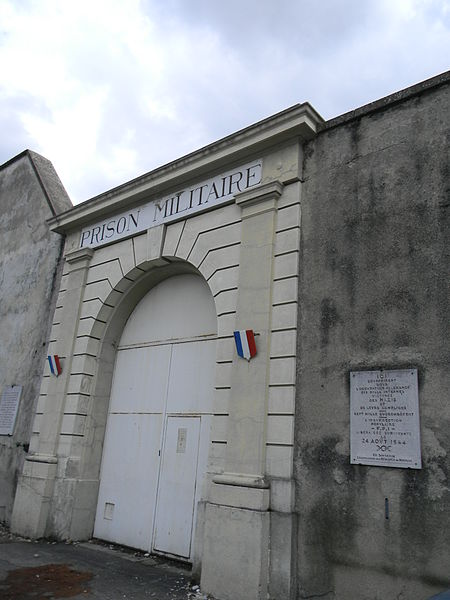 Entrance to the prison. Author: Xavier CaréCC BY-SA 3.0