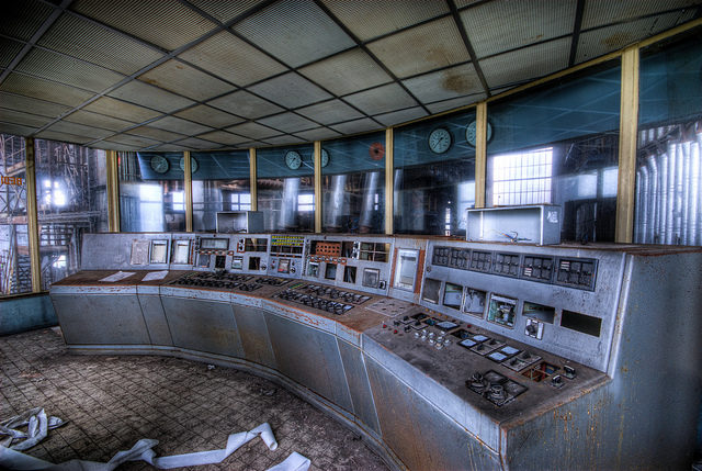 One of the control rooms. Author:Jelle de VriesCC BY-ND 2.0