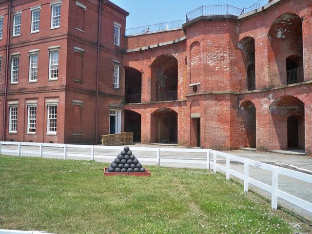 Part of the Courtyard/ Author:Mary Mark Ockerbloom – CC BY-SA 4.0