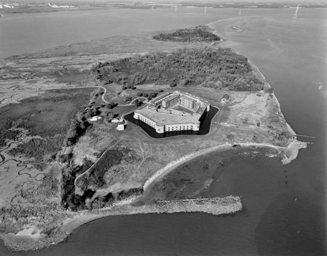 Pea Patch Island and the fort/ Author:Michael Swanda, U.S. Army Corps of Engineers