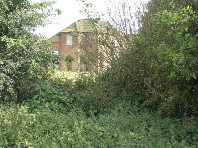 The accommodation block. Author:Nigel JonesCC BY-SA 2.0