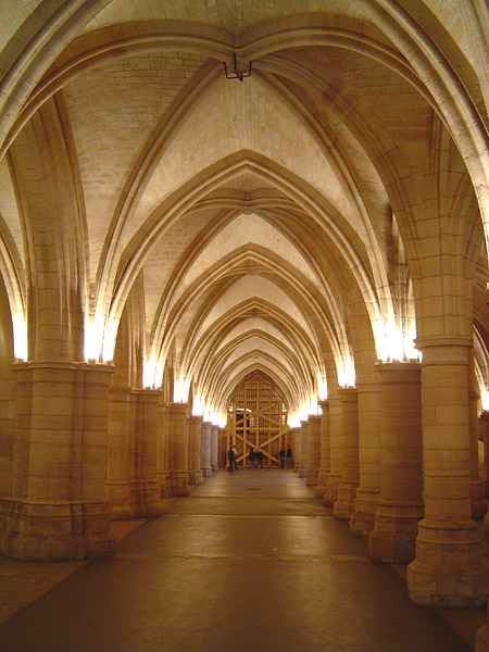 The Hall of the Guards/ Author:  ChrisO – CC BY-SA 3.0
